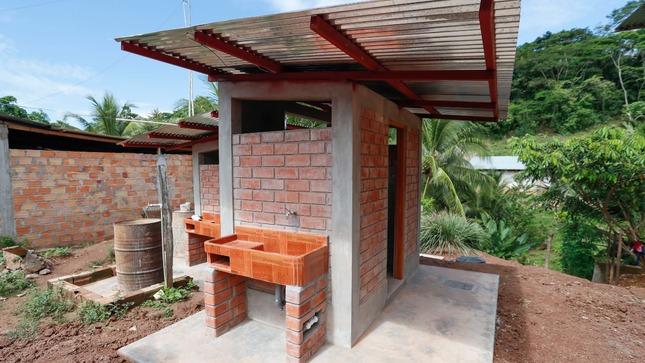 Ucayali: Ministerio de Vivienda culmina obras de saneamiento en beneficio de 230 habitantes de Pampas Verdes