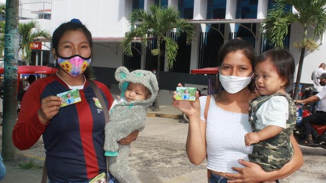 Más de 1500 usuarias del Programa Juntos recibieron Tarjetas MULTIRED en Tarapoto