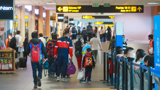 MTC: Continúa suspensión de vuelos procedentes de Reino Unido, Sudáfrica y Brasil