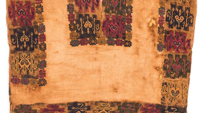 Ministerio de Cultura firma acuerdo para la repatriación de textiles prehispánicos desde Suecia
