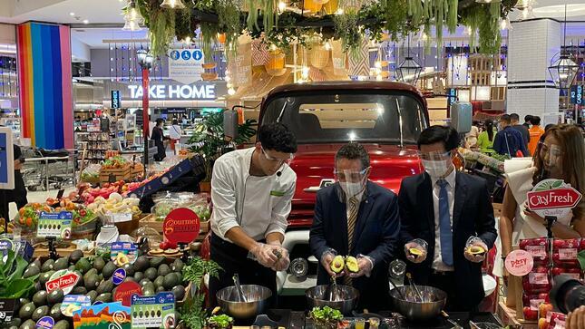 Cocina Gourmet Promociona Palta Hass Peruana en Tailandia