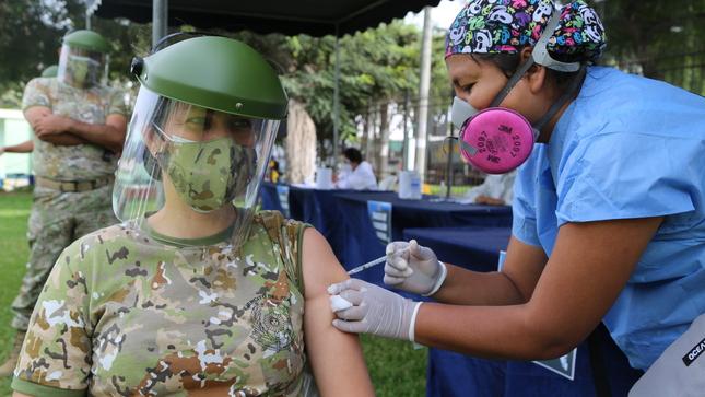Personal militar del IGN es inmunizado con la segunda dosis contra la COVID-19