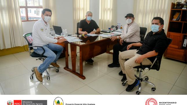 Municipalidad Distrital de Tantamayo hace entrega documentación física de proyecto de inversión al PEAH