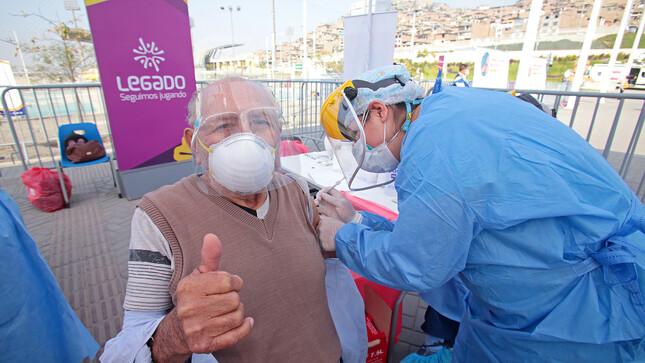 Más de 32 mil adultos mayores serán vacunados en las sedes de los Juegos Panamericanos y Parapanamericanos