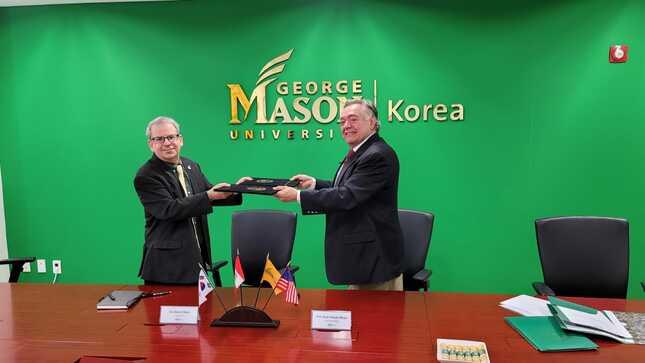 Suscripción de Memorándum de Entendimiento entre el Ministerio de Relaciones Exteriores del Perú y la Universidad George Mason - Corea