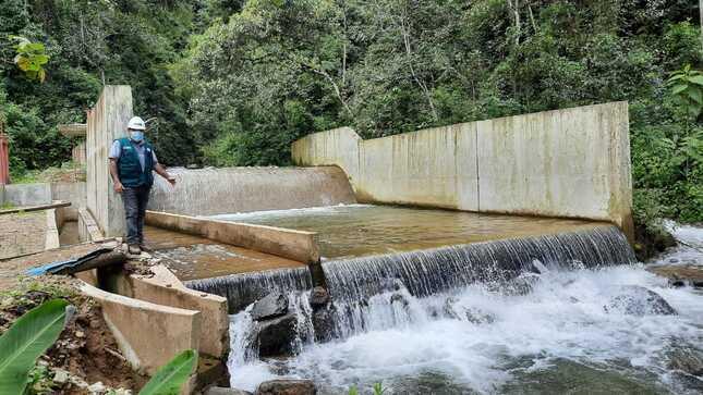 El MIDAGRI y el PEJSIB aceleran proceso de construcción de obra de riego en el Centro Poblado de Tabacal