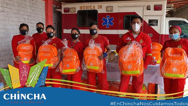 Entrega de Mochilas Equipadas y Kit de Protección COVID a los Bomberos de Chincha