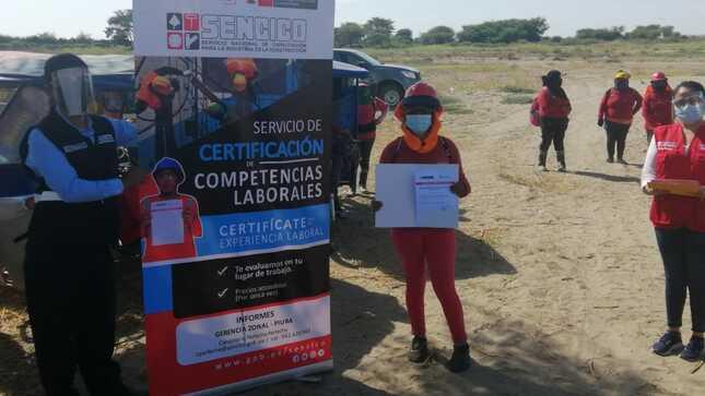 SENCICO certifica a más de 40 trabajadores de albañilería en obra ejecutada en el distrito de Bernal, Piura