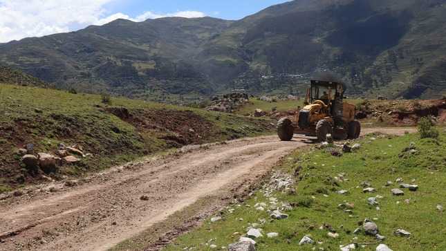 Mejoramiento vial del tramo MUCHKAPUCRO-POMATAMBO-KULLKUNCHA-PINCHA-PUJAS