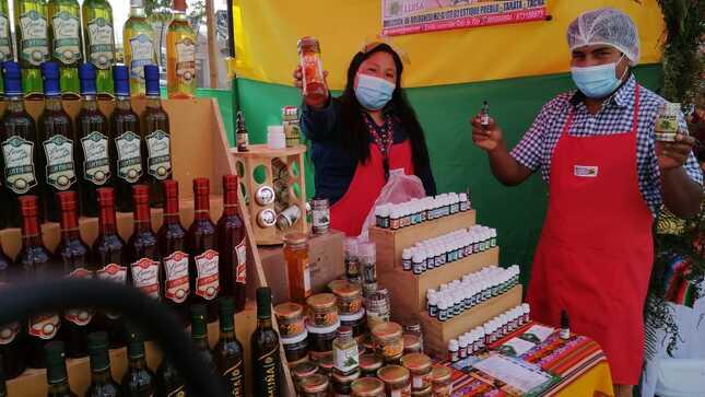 """Más de 50 pequeños emprendimientos de Haku Wiñay lograron ventas por más de S/ 10,000 en Feria """"Cómprale a Tacna"""""""