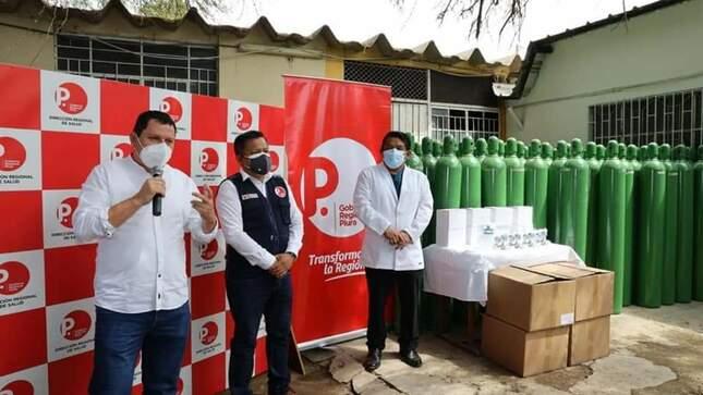 Gobernador entregó balones de oxígeno para Establecimientos de Salud de la región