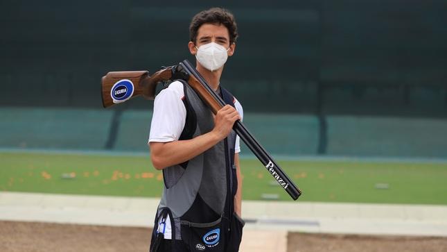 Alessandro De Souza logra medalla de plata en competencia en España