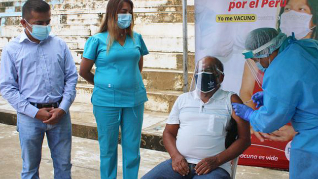 Condorcanquinos adultos mayores de 70 años reciben vacuna contra la COVID-19