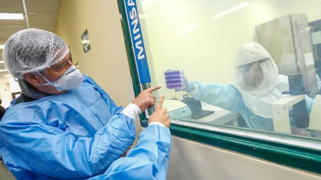 Presidente Sagasti: Todas las vacunas contra la COVID-19 que aplicamos en el Perú son efectivas en más del 90 %