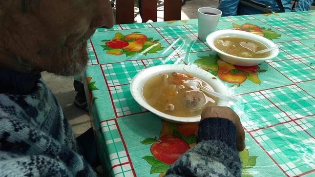 Incluyen caldo de cuy en dieta de residentes de casa hogar municipal del adulto mayor de Quillabamba