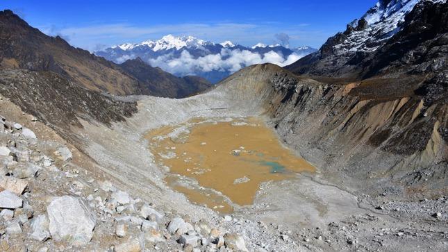 Investigaciones en glaciares permitirán adoptar medidas de prevención en lagunas potencialmente peligrosas