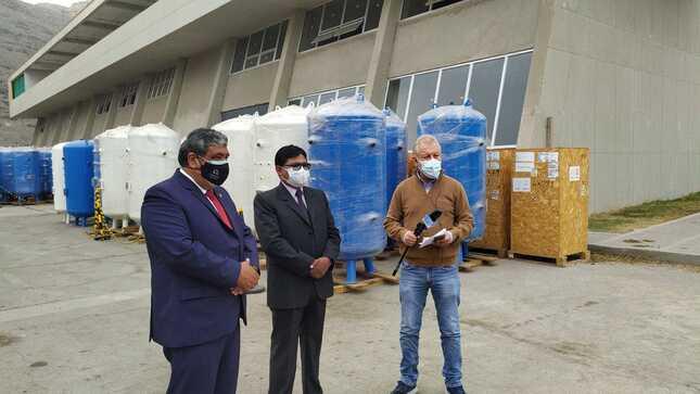 Gobernador regional de Puno supervisó traslado de Planta de Oxígeno para la provincia de Melgar