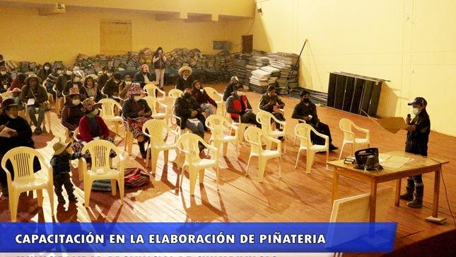 Convenio Marco Firmado entre ambas Instituciones, realizaron el Curso de Capacitación en lo que significa las elaboraciones de PIÑATERIA.
