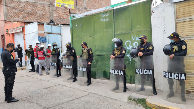 Ayacucho: clausuran terminal informal e imponen infracción a vehículo no autorizado con placas presuntamente falsas