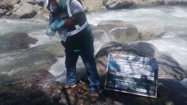 ANA monitorea calidad del agua superficial de la cuenca Chancay - Huaral y en litoral marino costero