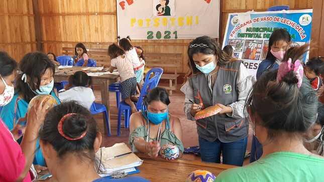 Comunidades Nativas emprenden taller de pintura en pajo