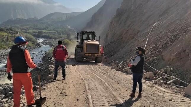 MTC restablece tránsito en vía Mala-Calango-Viscas que presentaba caída de rocas tras sismo