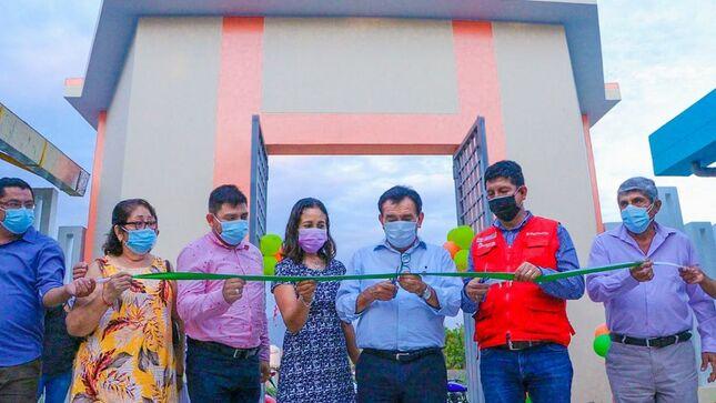 Inauguran moderna infraestructura educativa para niños del local escolar inicial N° 043 de Cruz Pampa - Yapatera