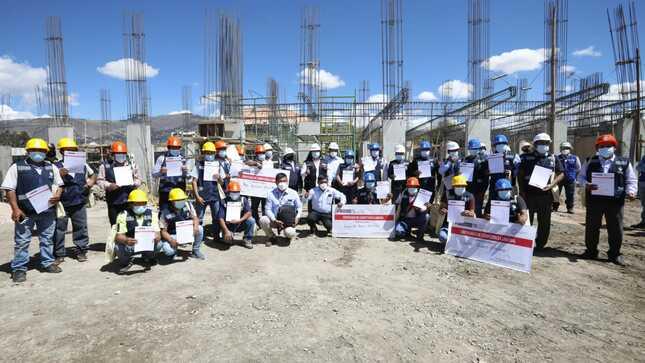 Cajamarca: SENCICO certifica las competencias laborales de 300 trabajadores del sector construcción