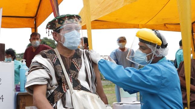 Ministerio de Cultura: Se inicia proceso de vacunación contra la COVID-19 de pueblos indígenas amazónicos de Huánuco