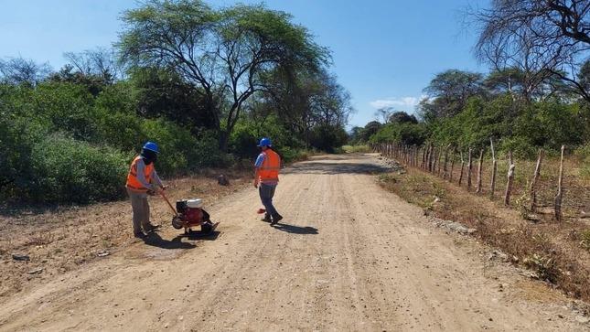 Seguimos con el mejoramiento de casi 70 kilómetros de caminos en caseríos de La Matanza