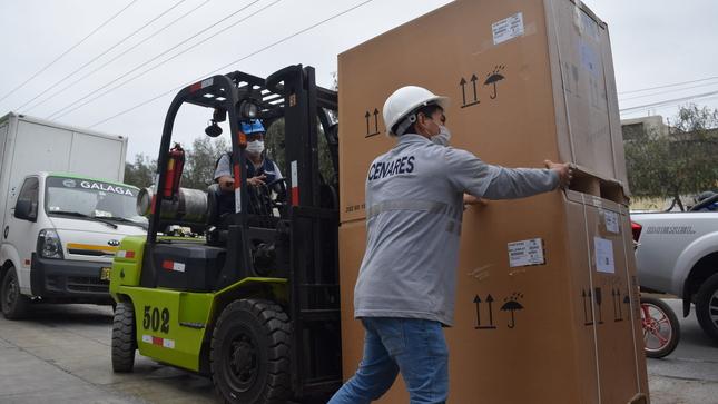 Ministerio de Salud envía 43 toneladas de suministros contra la Covid-19 a regiones con nivel de alerta muy alto