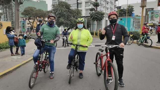 Ministra Solangel Fernández participa en inauguración de vía activa en Lince que promueve actividades recreativas al aire libre