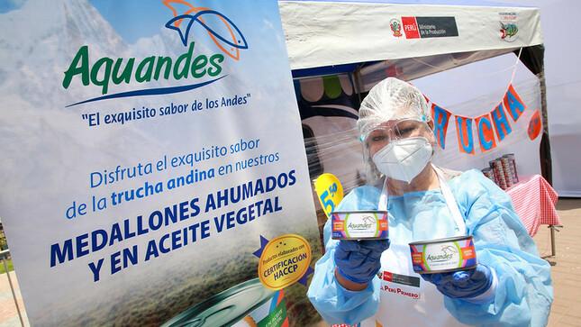 """Beneficiaria del Programa Nacional """"A Comer Pescado"""" AQUANDES SAC. gana Premio """"Innovadores del Bicentenario en Pesca y Acuicultura"""""""