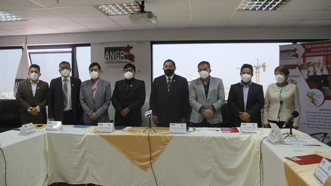 Titular de la DRE Amazonas tuvo destacada participación en evento organizado por la ANGR