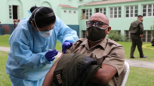 Campaña de vacunación contra la influenza, neumococo y tétanos