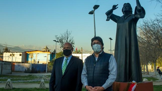 Embajador del Perú conmemora el Bicentenario con Alcalde de Recoleta