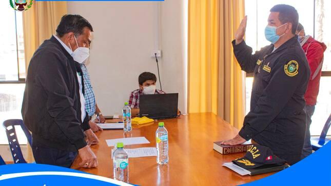 Juramentación del nuevo integrante, el Comandante Luis Flores, Comisario Sectorial de Yungay, al COPROSEC
