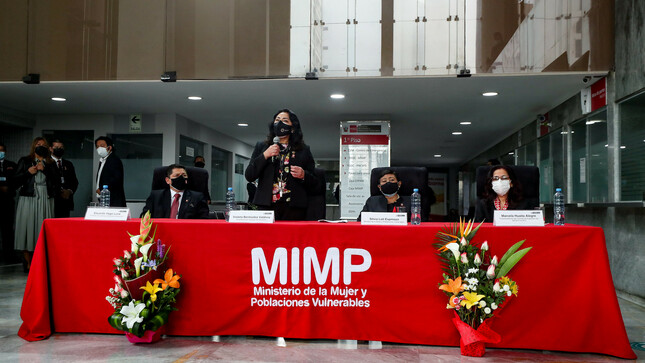Premier Bermúdez destaca el papel de mujeres anónimas que históricamente y día a día aportan en la construcción de un Perú mejor