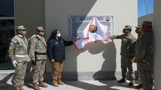 Ministra de Defensa inauguró el Centro de Mantenimiento Aeronáutico del Ejército en Arequipa