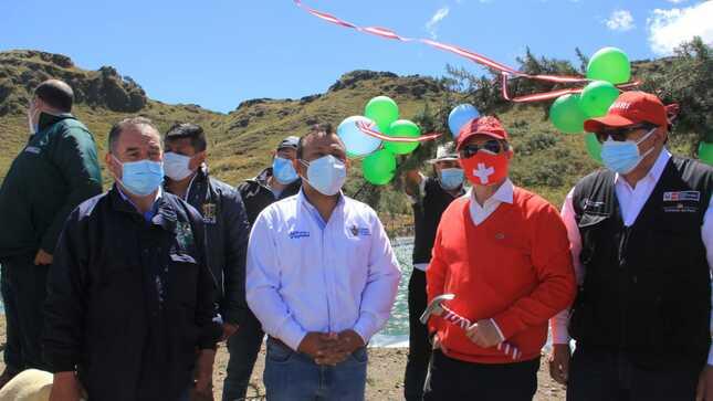 Inauguran reservorio de 9 mil m³ y planta productora de derivados lácteos, en el caserío El Paraíso, Otuzco.