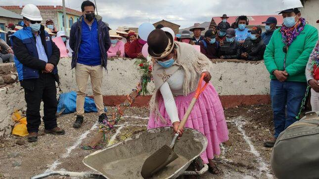 Puno: Ministerio de Vivienda inicia obra de agua y saneamiento para comunidad aymara en la provincia de Juli