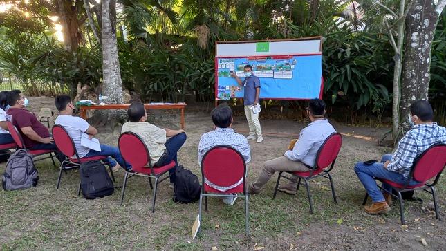 OSINFOR realiza primer taller de capacitación presencial sobre uso de la mochila forestal en Ucayali