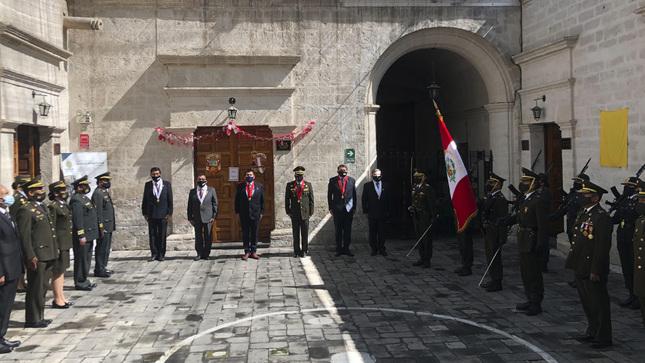 El TSMP Sur rinde homenaje a la Patria en el Bicentenario de la Independencia