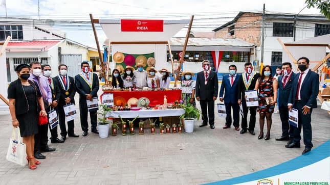 ALCALDE PROVINCIAL Participó en Importante Evento Realizado en Moyobamba en Conmemoración del BICENTENARIO
