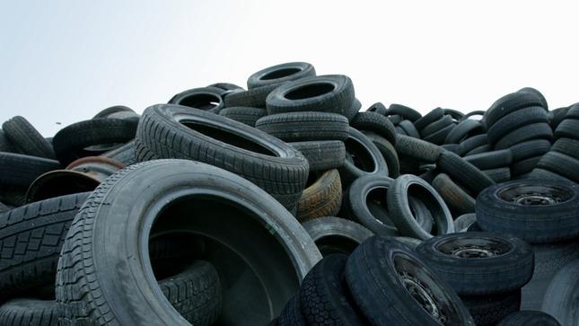 Minam promueve el manejo adecuado de neumáticos fuera de uso para proteger a la población y al ambiente