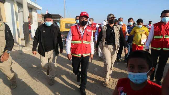 Titular del MTC viajó a Sullana para supervisar estado de vías y viviendas tras fuerte sismo
