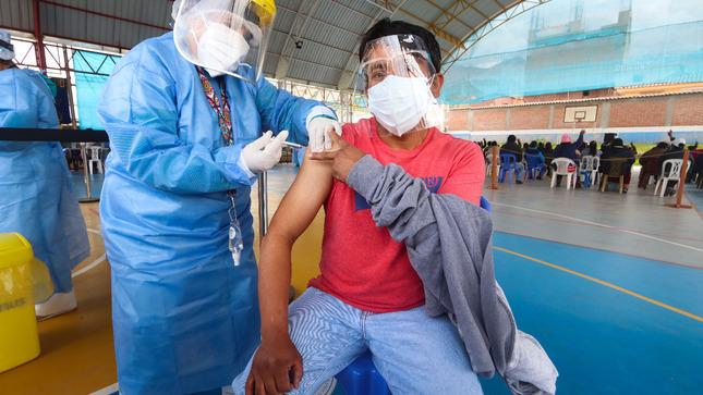 Pongo el hombro +40: segunda vacunatón para inmunizar con segunda dosis a más de 44 mil personas en la provincia del Cusco