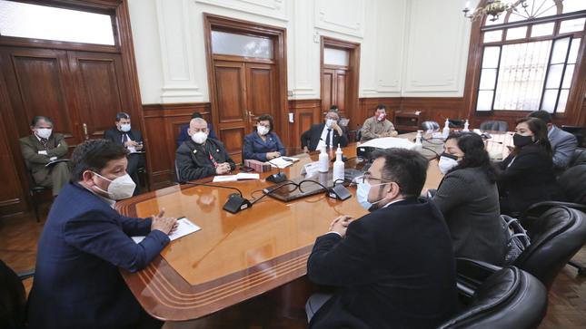 Premier Guido Bellido sostuvo reunión con la bancada de Acción Popular, como parte de las Rondas de Diálogo por el Perú