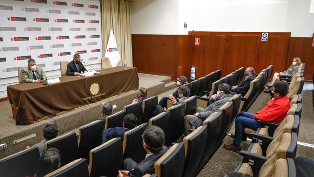 """Iván Merino: """"Somos un gobierno promotor de la minería y del desarrollo"""""""