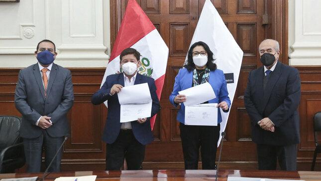 Premier Guido Bellido recibió la transferencia de cargo de parte de premier saliente Violeta Bermúdez